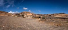 Fuerteventura - Jandia (stefan103) Tags: architektur kanarischeinseln natur haus europa berge landschaften panorama bauwerk spanien fuerteventura berg gebirge gebäude konstrukt massiv mountain mountains nature umwelt architectonics architecture architektonisch europe pájara canarias es
