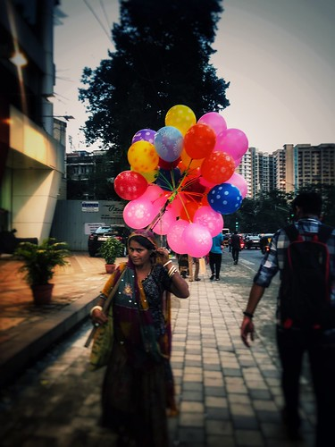 #mumbai #streetphotography #colourfulvibes