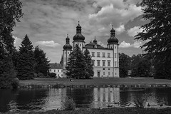 Castle in Bohemia (Yirka51) Tags: duck canard wood window wave tree sky pond park nature meadow lagoon grass garden forest czechrepublic cloudy cloud centraleurope castle bush building architecture