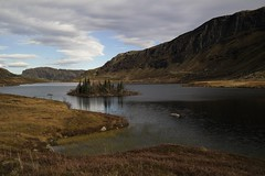 Mjåvatnet (magneroed) Tags: mjåvatnet etnefjellet water lake vatn mountain fjell landscape landskap norway sky himmel mountainside etne