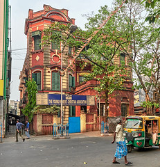 "Calcutta (toshu2011) Tags: india indien hindu hinduism gandhi hindi kolkata calcutta kalkutta west bengal bengali bengalen port city ganges hooghly river ganga megacity ""city joy"" cultural ""east company"" colonial era architecture"