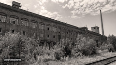 Abandoned old Linoleum Factory in Germany (likolit) (Roelofs fotografie) Tags: wilfred roelofs fotgrafie nikon d5600 2018 germany likolit fabrik factory abandoned verval lost places urban schweiz sächsische old outdoor briks stone architecture building heritage black white blackandwhite sepia clouds cloud air sky walk walking summer grass tree exploring railroad decay picture foto geotagged bad schandau history