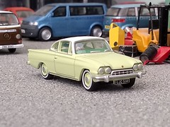 Consul Capri (quicksilver coaches) Tags: ford consul capri consulcapri oxforddiecast 176 oo diecast model