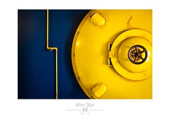 DSCF5824 (Nibor Jiher) Tags: abstrait aquarium architecture bretagne culture france grandaquariumdesaintmalo illeetvilaine mur saintmalo tuyau abstract archi murs urbain urban urbanisme