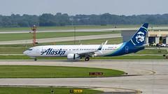 Alaska Airlines Boeing 737-990(ER)(WL) N238AK (MIDEXJET (Thank you for over 2 million views!)) Tags: milwaukee milwaukeewisconsin generalmitchellinternationalairport milwaukeemitchellinternationalairport kmke mke gmia flymke alaskaairlinesboeing737990erwln238ak alaskaairlines boeing737990erwl n238ak boeing boeing737900 boeing737 737 737900 737990