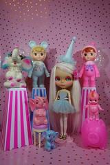 Sunday Funday!!! (Primrose Princess) Tags: blythe doll takara ooakblythe customblythe alpacarerootpink circus cute kitch kawaii pink gold princess vintage toys vintagetoys