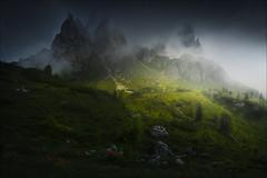 [ ... misty peaks ] (D-P Photography) Tags: landscape landschaft dolomites dolomiten italien italy alps alpen cardini di misurina mountains morning light feisol dennispolkläser dp photography canon lee filters peaks mist clouds