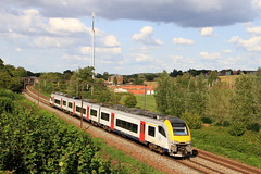 B08055--2018_08_31_089 (phi5104) Tags: trains treinen sncb nmbs hennuyères