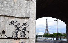 Les années bonheur (HBA_JIJO) Tags: streetart urban graffiti paris animal art france hbajijo wall mur painting peinture mouse urbain banksy rat toureiffel eiffeltower view street rue