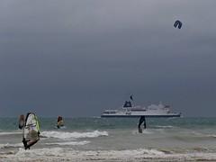 wind surfing & kite surfing (pierre.pruvot2) Tags: beach france gx80 pasdecalais plage sangatte sports kitesurf windsurf ferry