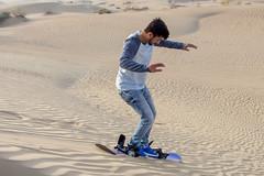 Dunes - Sand skiing (Piotr Kowalski) Tags: dubai uae unitedarabemirates emirates dunes sand piasek pustynia dubaj emiraty wakacje summer activity sport skiing sandskiing