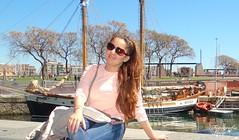 At sea. (habanera19) Tags: catalán cubana habanera cataluña nature joven family mar sea bonito fashion gilrd woman primavera españa barcelona ba street urbana stilllife beautiful puertodebarcelona