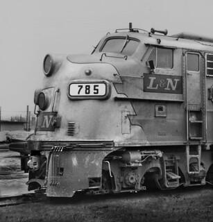 L&N E8A 785-LouisvilleKY-4-66