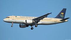 HZ-ASB / Airbus A320-214 / Saudi Arabian Airlines (PBe1958) Tags: transportation lietadlo aircraft airplane aero aeroplane airliner jetliner airbus a320 a320214 sva saudiaarabianairlines vie loww viennainternational wienschwechat
