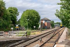 PPM60 creeping in (d0mokun) Tags: stourbridge england unitedkingdom gb mover people parry ppm60 class139 139001 trainspotting uktrains branch line railway signal box
