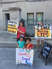 Moms Clean Air Force Distributing Information on Climate Change at the Department of the Interior