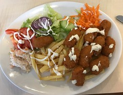 Bridge Street Cafe for Lunch . (AndrewHA's) Tags: bishop's stortford hertfordshire food bridge street cafe scampi chips salad lettuce tomato colslaw onion carrots peppers cucumber