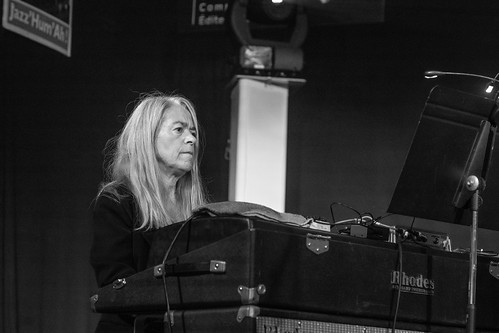 Sophia Domancich ( Fender Rhodes ) - FRANCOIS CORNELOUP 5TET REVOLUTION @ Jazz'Hum'Ah !  2018 -3
