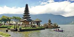Temple on the Lake (somabiswas) Tags: tabanan puraulundanubratan bali indonesia purabratan hanks