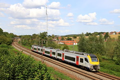 B08063--2018_08_31_038 (phi5104) Tags: trains treinen sncb nmbs hennuyères