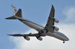 KUG001 KWI-LHR: 9K-GAA first visit to London Heathrow (A380spotter) Tags: approach landing arrival finals outermarker fourmilesout 4miles belly boeing 747 8 800 bbj boeingbusinessjet 9kgaa alkuwaitiya دولةالكويت stateofkuwait kug dawlatalkuwait n6067e 7478i 747intercontinental prototype first 1st testbed kug001 kwilhr firstvisittolhr firstvisittoheathrow runway27l 27l london heathrow egll lhr