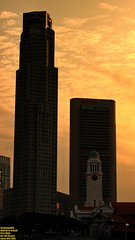 ..golden tower.. (Ferry Octavian) Tags: canon eos 750d rebel t6i dslr landscape street shot travel trip noflash handheld explore color colour outdoor efs 1855 stm metro metropolis city cityscape modern building skyscraper tower architecture design structure exterior icon landmark dusk sunset sun sky skyline horizon orange golden hour beautiful cloud portrait singapore southeast asia sea capital marina marinabay water waterfront bay bayfront victoria clock concert hall theatre