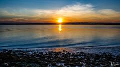 _DSC0634 (Miguelo.) Tags: azul atardecer puestadesol agua paisaje sol nubes huelva playa sunset mer sea