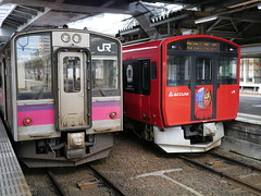 Old and new (しまむー) Tags: panasonic lumix dmcgx1 gx1 g 20mm f17 asph trip train yuri highland railway 由利高原鉄道