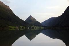 Eggjanipa august - -August mountain (erlingsi) Tags: eggjanipa byrkjelo gloppen fjell mountain reflection arrowland