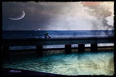Entre dos mundos (mariadoloresacero) Tags: holidays vacances vacaciones passage paso ciclista vélo bycicle bicicleta plage playa beache sea mer eau water agua mar creativity creación double exposition montage doble exposición montaje