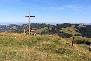 Gipfelkreuz  Büelhöcki (1425 m.ü.M.)