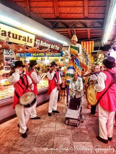 "Barcelona. Mercado de Santa Caterina. Fiestas de la Mercè • <a style=""font-size:0.8em;"" href=""http://www.flickr.com/photos/26679841@N00/43028442150/"" target=""_blank"">View on Flickr</a>"