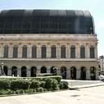 L'Opéra de Lyon et la Place Louis-Pradel thumbnail