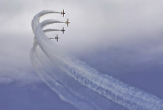 Chicago Air & Water Show (Eric Cooper 1) Tags: planes formations cottrails acrobatic airshow