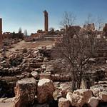 Развалины храмового комплекса. Баальбек, Ливан thumbnail
