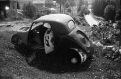 Fiat / Simca Topolino (F) gespot vanaf de weg beneden Renault 4 met mijn moeder vakantie jaren 70 (willemalink) Tags: fiat simca topolino f gespot vanaf de weg beneden renault 4 met mijn moeder