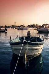 Marzamemi (ilsiciliano_) Tags: marzamemi sicilia italia sunset barca sea colours canon italy national geographic