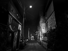 Dark Alley (MomoFotografi) Tags: bw lowkey alley streetphotography montreal dark