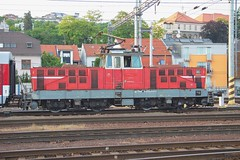 210-011 at Bratislava (Karel1999 Over Two Million views ,many thanks) Tags: vlak zug locomotives trains railway railroad station