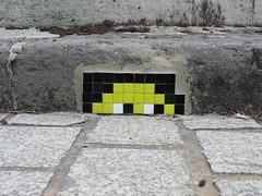 Space Invader PA_076 (tofz4u) Tags: 75013 paris streetart artderue invader spaceinvader spaceinvaders mosaïque mosaic tile pa076 pa76 reactivated restauré spacerescueintl reactivationteam black noir jaune yellow