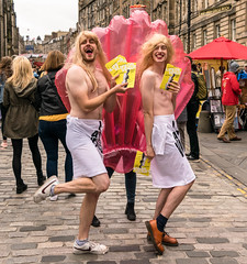 DSC_0114 (rroberts61170) Tags: edinburgh festival fringe 2018 scotland performers performer artist street artists people scottish entertainers buskers actors intotheunknown