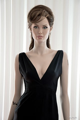 Angelina Jolie new life-size sculpture / mannequin (Terry Minella) Tags: