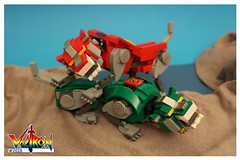 Red & Green Lion (EVWEB) Tags: voltron lego ideas red green lion 21311