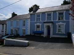 New Quay - blue houses (Dubris) Tags: wales cymru newquay seaside coast summer ceredigion architecture building house