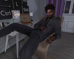 Relaxing Raven (☾☾Ṁṣ Ṃȭłłỳ ☽☽) Tags: hot handsome dude guy sexy fashion cute dreads
