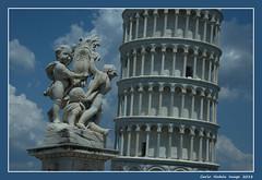 Torre di Pisa - 3 (cienne45) Tags: carlonatale cienne45 natale italy pisa toscana tuscany piazzadeimiracoli campodeimiracoli squareofmiracules worldheritagesite unesco worldheritagersitebyunesco patrimoniodellumanità patrimoniodellumanitàunesco torre torredipisa cattedralesantamariaassunta torrependente duomo campanile pratodeimiracoli romanicopisano repubblicamarinara tower towerofpisa cathedralofsantamariaassunta leaningtower dome belltower romanesquefrompisa maritimerepublic