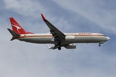 VH-XZP Qantas  Retro Roo I  Boeing B737-838 (johnedmond) Tags: perth ypph westernaustralia qantas retro speciallivery boeing b737 b737800 australia aviation aircraft aeroplane airplane airliner plane canon eos 7d eos7d 100400mm ef100400mmf4556lisiiusm