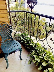Mansion del Rio (Gabriela Andrea Silva Hormazabal) Tags: muebles furniture hoteles guayaquil santiago chile ecuador chiloe coquimbo mansióndelrío hotel boutique rioguayas silla chair fierro