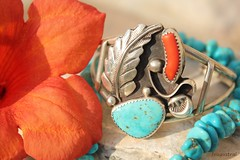 Navajo Jewelry *Explore 27-8-2018* (Fouaustral) Tags: navaho navajo diné jewelry bracelet coral turquoise sterlingsilver turquoisenuggetnecklace deadpawn vintage tecoma flower
