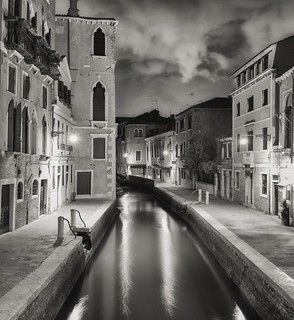 Venice by night with Olympus OMD em10  and Panasonic 20mm 1.7
